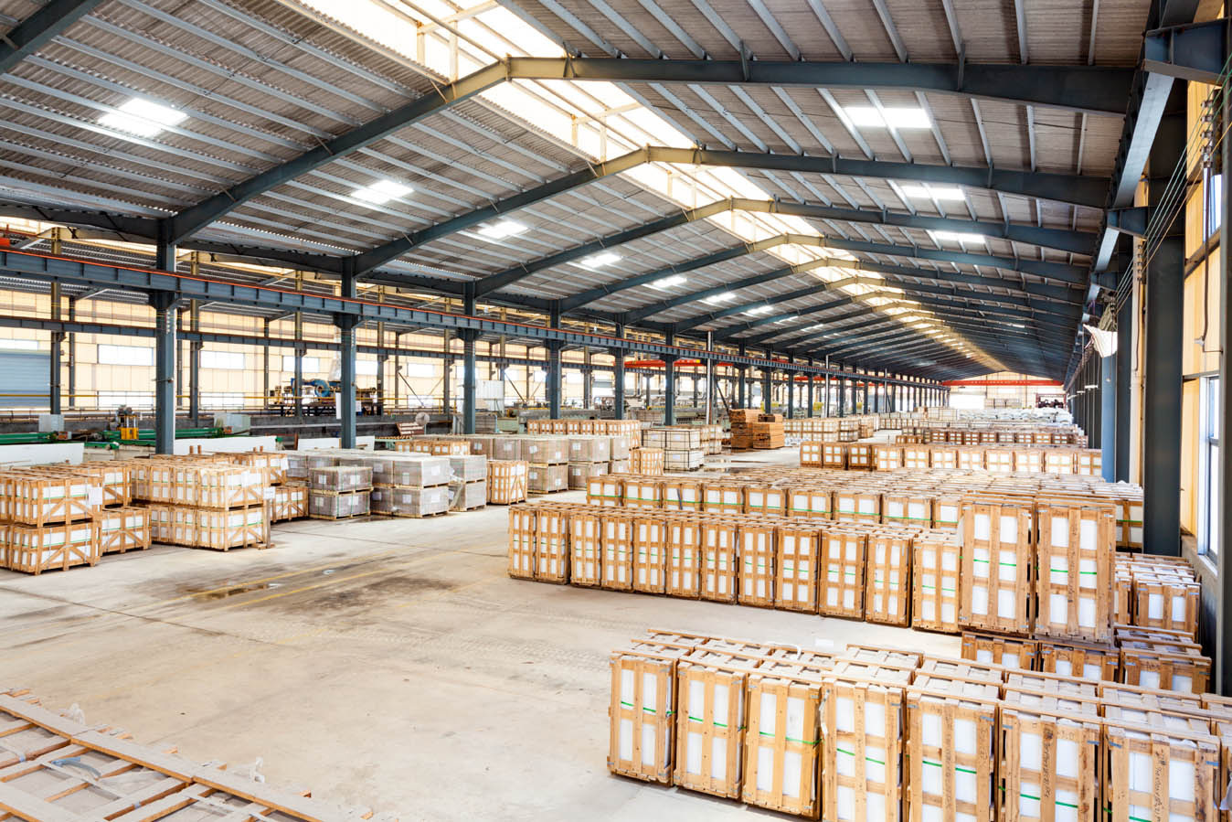 Warehouse Design – Dock High Or Grade Level? Why Not Both