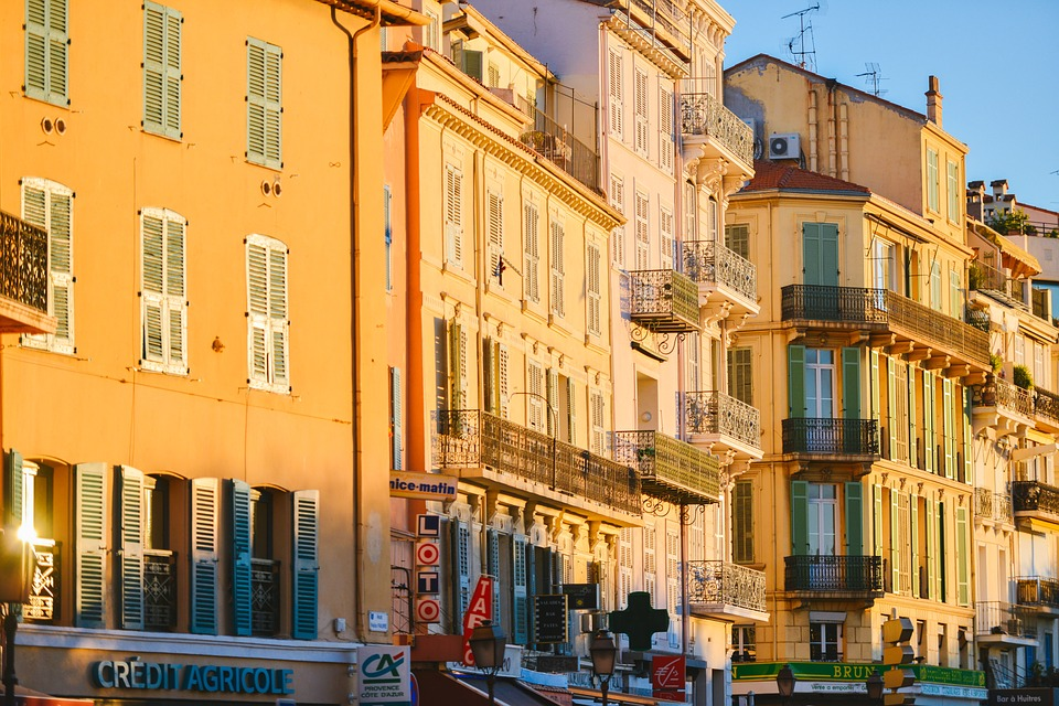 Five Things You Should Consider Before Buying An Apartment In French Riviera
